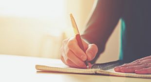 How to Understand Yourself Better: Write Down Your Thoughts