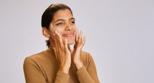 Are You Applying Powder Cleanser The Right Way? Here's The Secret