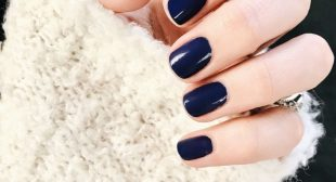 Nails Trends in 2019 Will Make Both Minimalists and Maximalists Happy