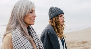 The Most Effective Tool For Ending A Family Argument, According To A Therapist