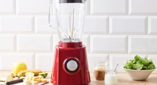 The Easy Trick To Make Your Old, Tired Blender Sparkly Clean & Shiny