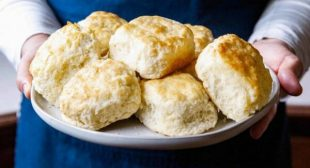 Classic Southern Buttermilk Biscuits