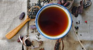 How to Tell Your Fortune by Reading Tea Leaves, According to a Real Witch