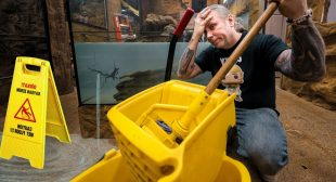 300 GALLON ALLIGATOR TANK IS LEAKING!! NOW WHAT? Reptile Zoo Build day #5 | BRIAN BARCZYK