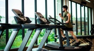 Proper Gym Etiquette: What You Should and Shouldn't Do At the Gym