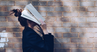 7 Books You Should Read That'll Help You Master Working From Home