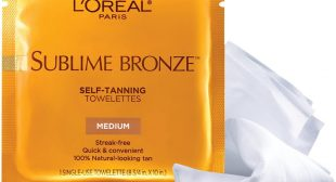 Self-Tanner-Infused Towelettes That Make a Achieving a Faux Glow Ridiculously Easy