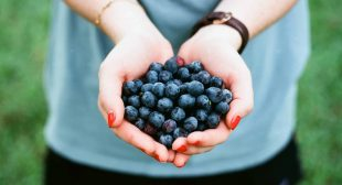 12 Healthy Brain Foods To Improve Your Concentration