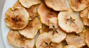 Baked Cinnamon Sugar Apple Chips